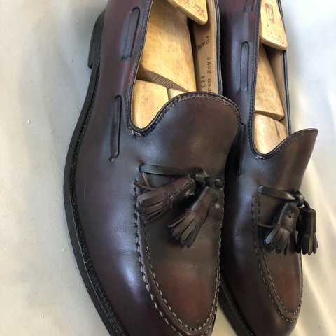 abf670a70a041 @mwmurf. 2 months ago. Moneta, United States. Very Good preowned condition  Alden New England 663 Burgundy calfskin leather Tassel moccasin loafers.