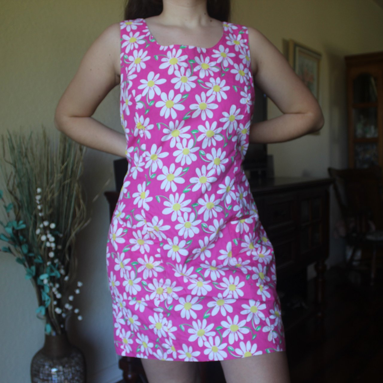 ✨🌼 VINTAGE PINK LILLY PULITZER DAISY DRESS ✨🌼 the style is - Depop