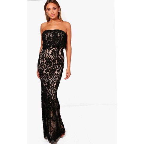 d5d81239169 Boutique Scallop lace bandeau maxi dress. Never worn still - Depop