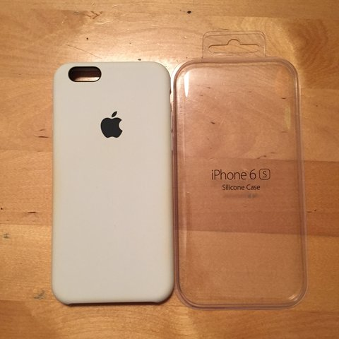 Vendo cover iPhone 6/6S in silicone azzurra. Apple... - Depop