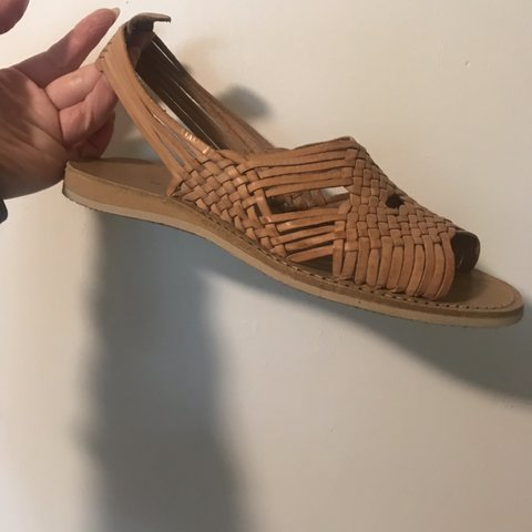 fd2e4405c4d87f SIZE 8) Color  Tan. Authentic pair of Mexican Huaraches on - Depop