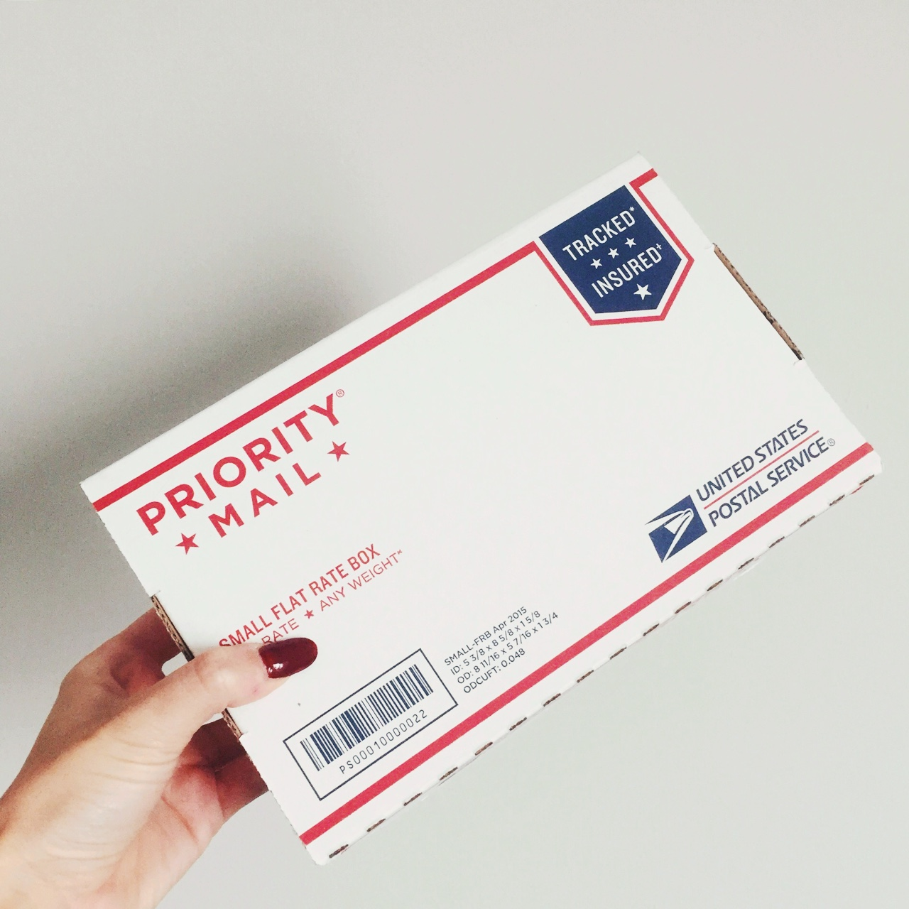 1 Priority Mail Small Flat Rate Box  Fill this ⬆️ box    - Depop