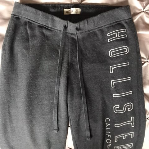 f1d555e22b Hollister Grey Jogging Bottoms👖 Colour: grey Size: XS for a - Depop