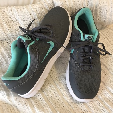 the best attitude 5bc0b 1d0ca Nike DRS. Excellent condition! Like new! Size 9.5 Dm with - Depop
