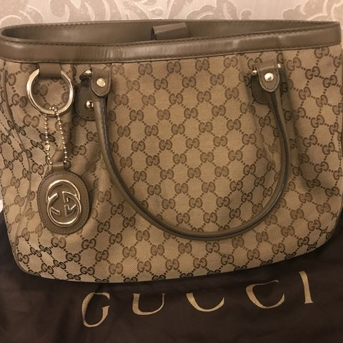 b3946bd00a4532 100% authentic Gucci bag. In perfect condition. Selling for - Depop