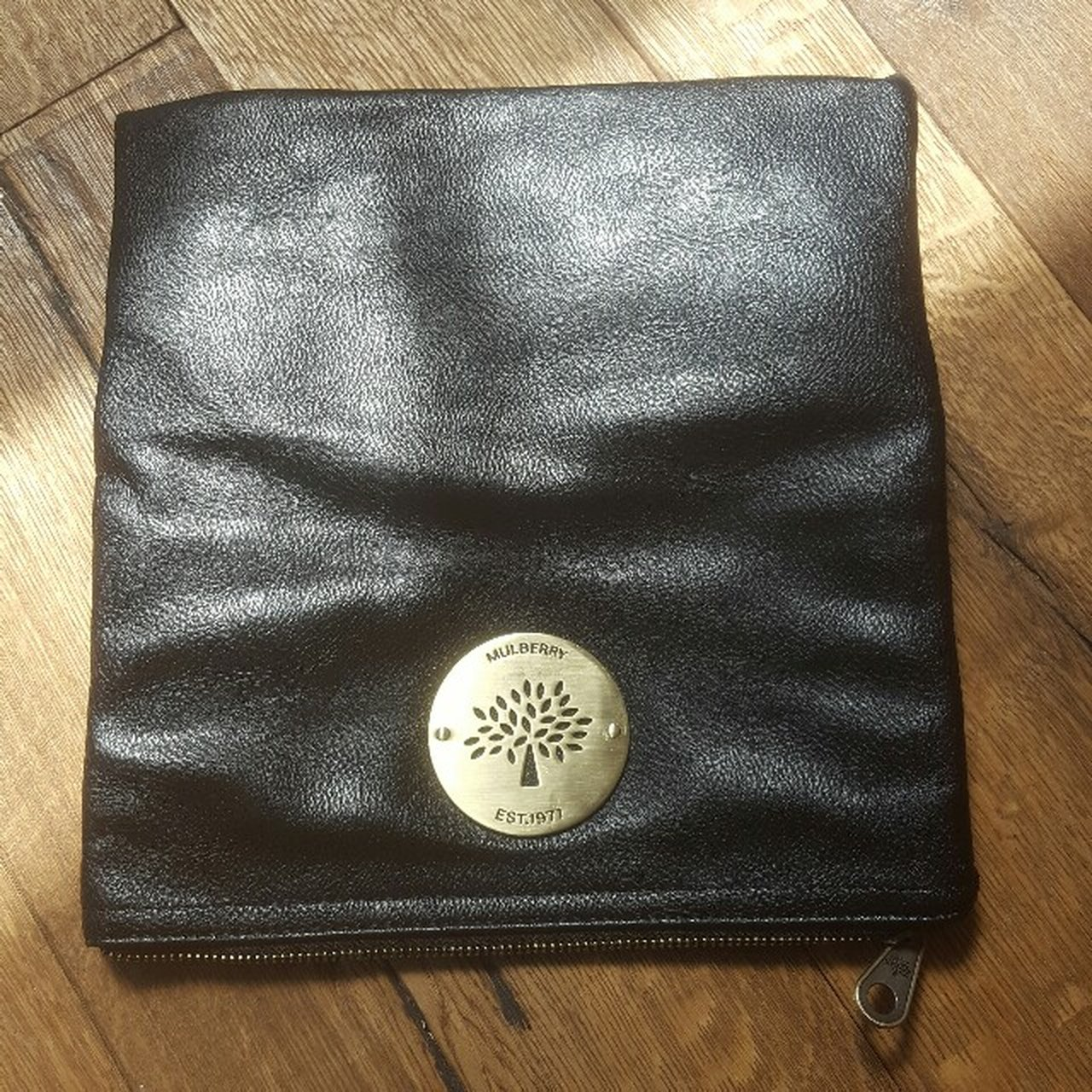 8030577740ca Mulberry fold over clutch bag in genuine soft black leather - Depop