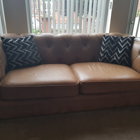 2 Real Leather Sofas This Has 0