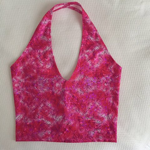 4b5a3d2b5f4bc8 @ehanneyx. 2 years ago. United Kingdom. New! Super cute pink holographic  halter crop top - more ...