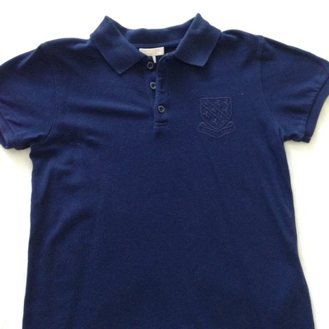 54b805534 *£10 SALE* most items now £10!!! Boys genuine Gucci polo top - Depop