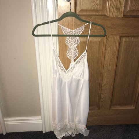 e6d9a439be6 B by Ted Baker Tie The Knot Chemise. Size 10 B by Ted Baker - Depop
