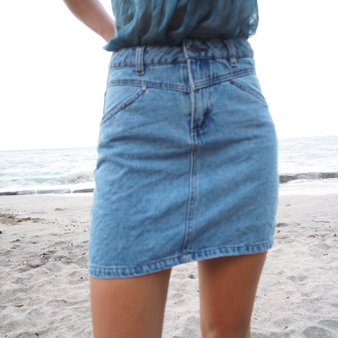 5761c511d3 @sustainablefairy. 3 months ago. Browns Bay, New Zealand. My new fav little denim  skirt ...
