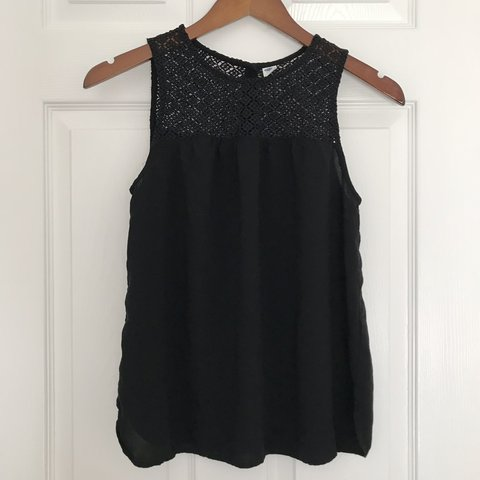3ad22c097c3 OLD NAVY black lace tank top - size  small great condition - Depop