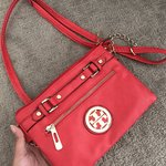 24a6c1ffc4e4 Tory Burch Crossbag!! This crossbody.  120 · Tory Burch leather Backpack ...