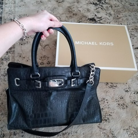 96fe1b6d3b81 @mstash. 5 months ago. Alabama, US. Michael Kors Crocodile Leather Purse. Has  top handles ...