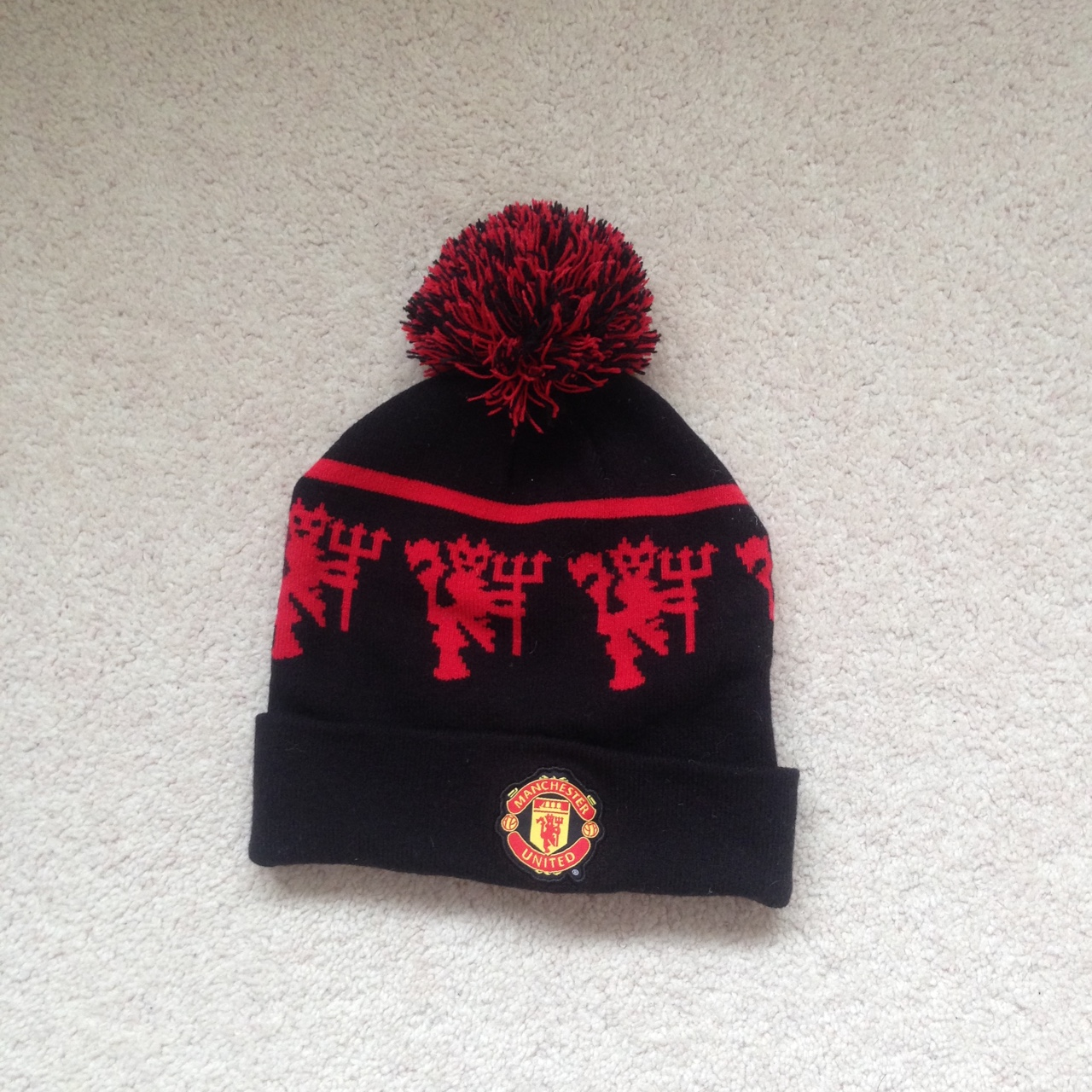 Manchester United Bobble Hat Depop