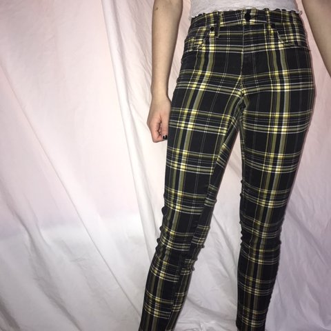 016c78d375e4 plaid yellow and black jeggings. super comfy and cute. with - Depop