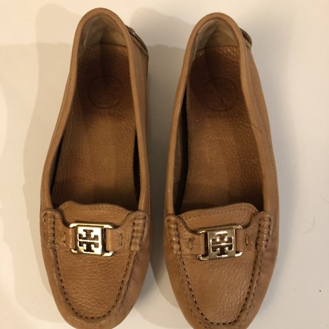 f95bdf9b47a6 Tory Burch Kira driving loafers. In great shape size 6 for - Depop