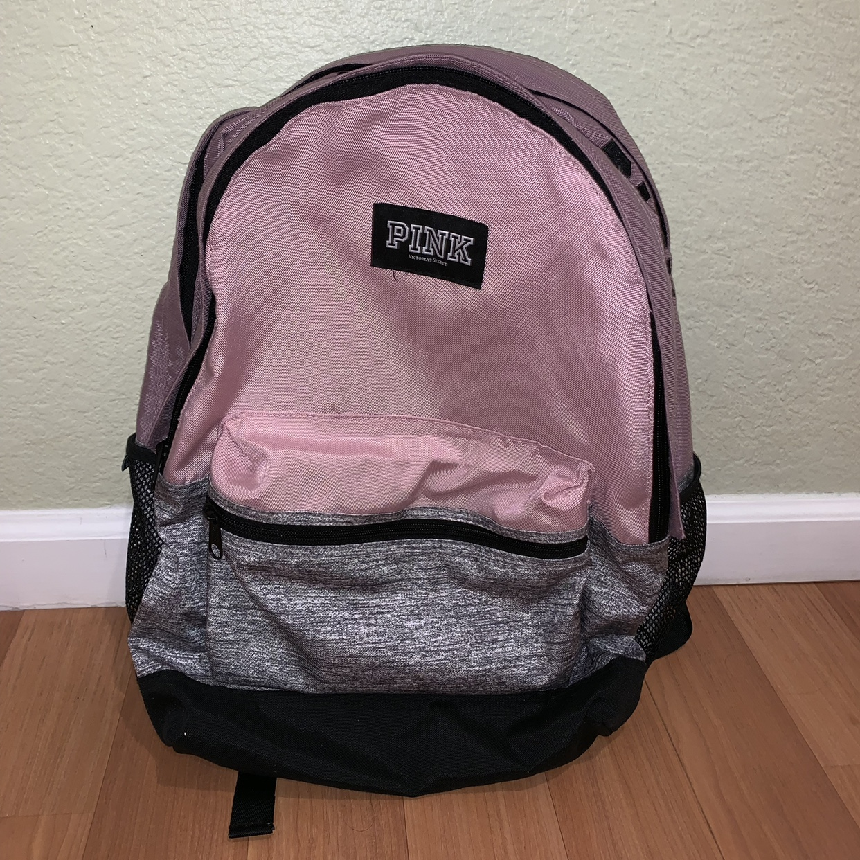 e88b9ef28ce6b Victoria's Secret PINK Backpack ⭐ used only for 1... - Depop