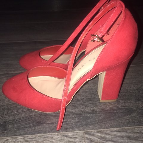 212d28c2251 Red high heels size 5 WIDE FIT FROM NEW LOOK Rounded toe a - Depop