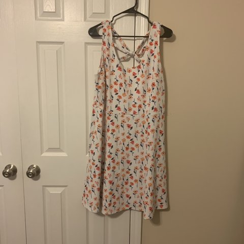 03c92b5a2c3 LIKE NEW maurice s brand floral spring or summer dress! plus - Depop