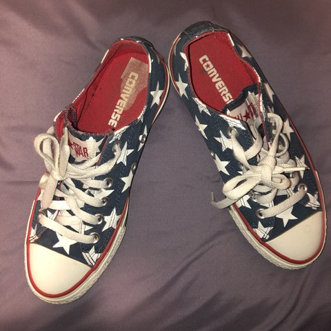 0d776d3884c3 Red white and blue converse with stars Size  7 women Size  - Depop