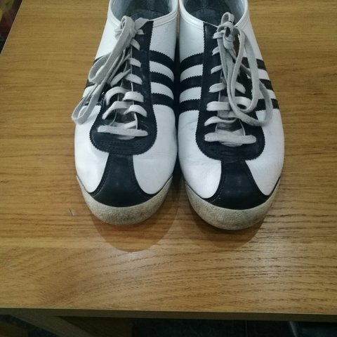 8d0d7882e Adidas italia black and white mens trainers. Size 9. Very of - Depop