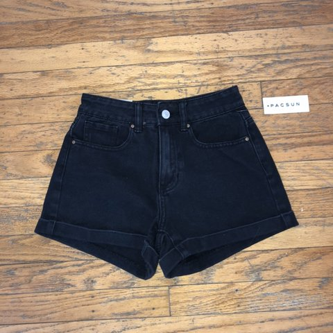 5f88b80e05 ON HOLD (don't purchase) ~pacsun black mom jean new with mom - Depop