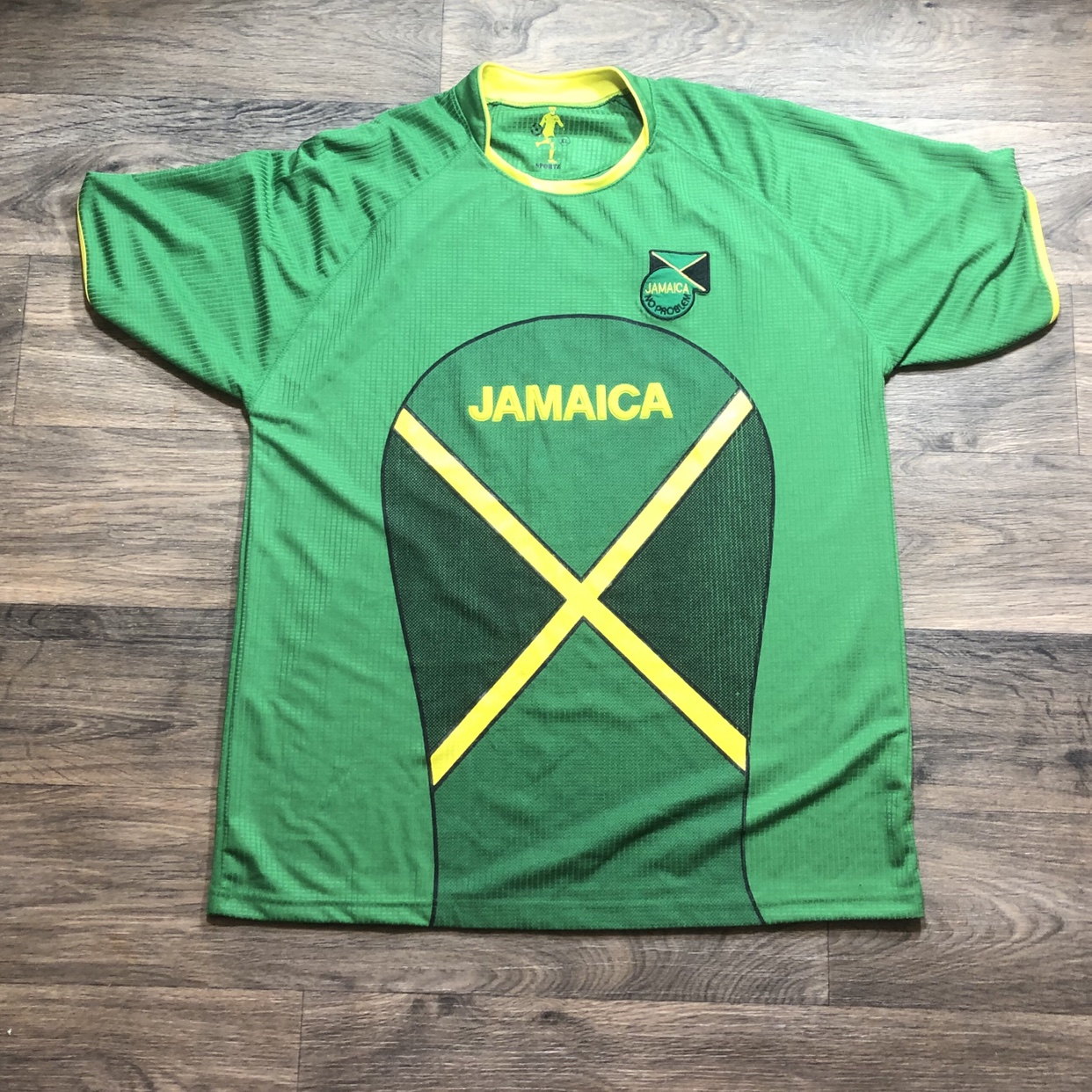 finest selection aea2d 40bdf Jamaica soccer jersey. Clean and ready for the World... - Depop