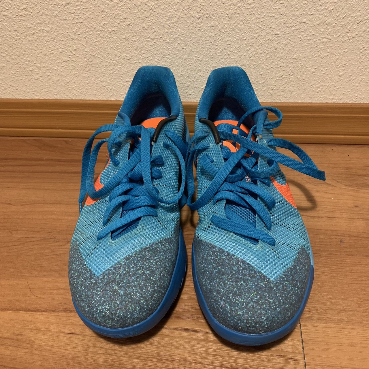 the best attitude 9ffa9 d1f97 Men s Nike KD Trey 5 flywire in the blue and orange color 10 - Depop