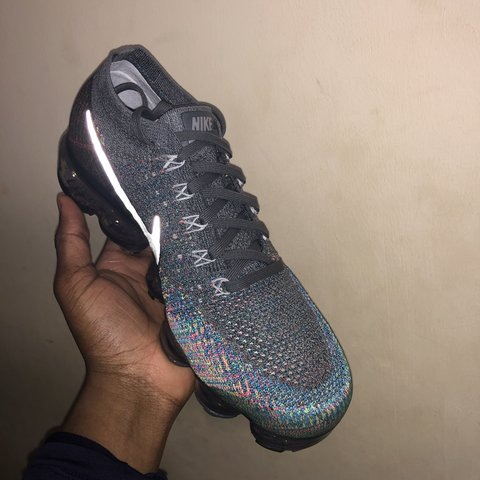 ce48754fb3 @sincowidzedos. 2 months ago. London, United Kingdom. Brand New Nike  Vapormax Flynit Dark Grey Silver Blue Orbit Volt. Size 8