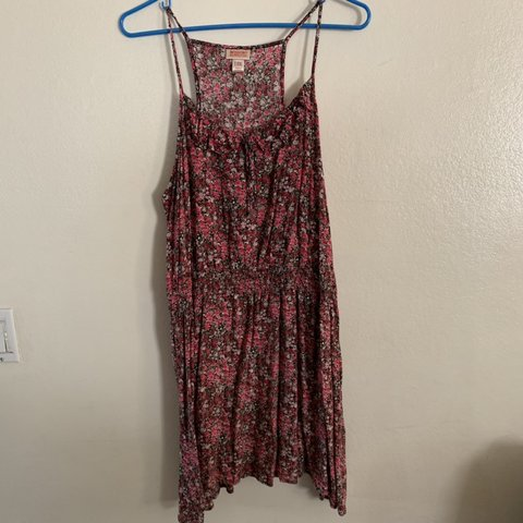 b7b42874386 Mossimo Supply Co. summer dress. Plus size XXL. Dress it up - Depop