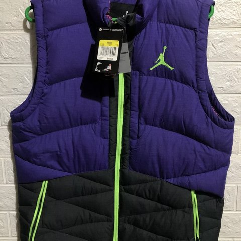 5dfc1ebd6687bc Nike Air Jordan Jacket Belair Bel Air Down Puffer Vest Coat - Depop