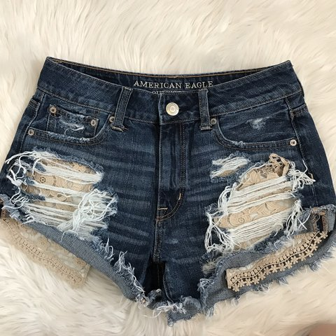 fe67312cc American eagle shorts, only worn about 4x so they're still 4 - Depop