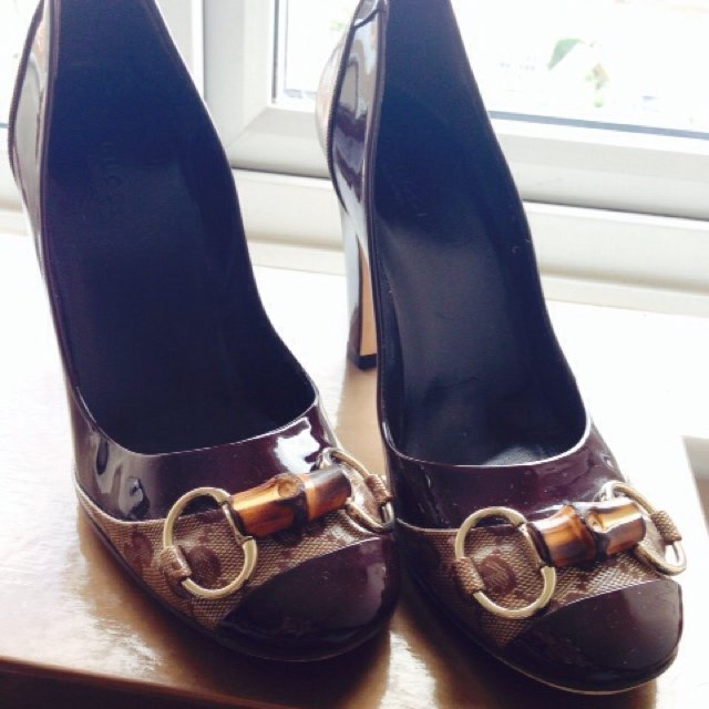 94832e860bf Gucci Shoes. Patent leather