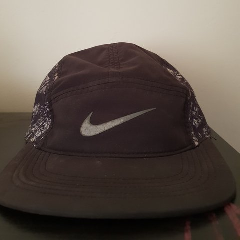 e840cadd8b33a Nike dry fit 5 panel with reflective tick Black with black - Depop