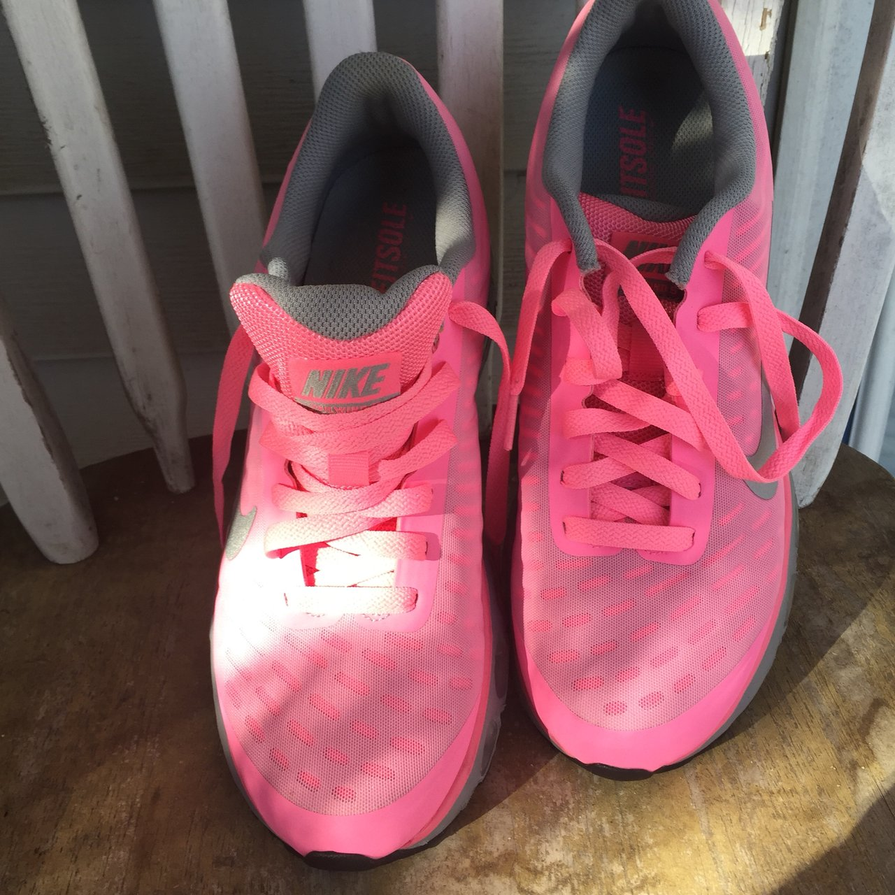 Nike Neon Pink AIR MAX SNEAKERS. Super comfortable 55c1a16abe46