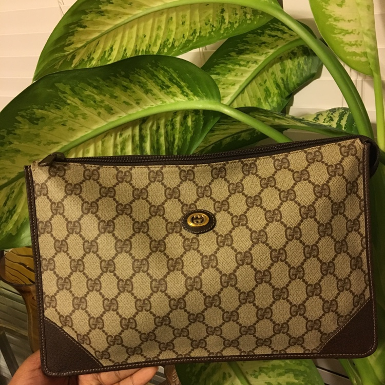 7bff3d513 AUTHENTIC VINTAGE GUCCI CLUTCH* Tag: GUCCI... - Depop