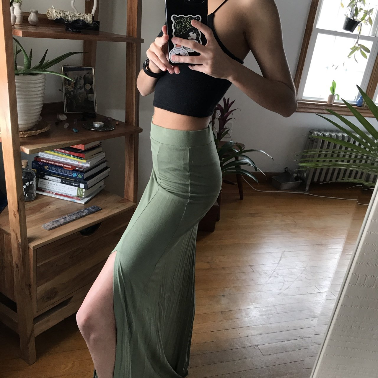 bcc1eec9a6df Never Worn Forever 21 maxi Skirt -with a double slit green - Depop