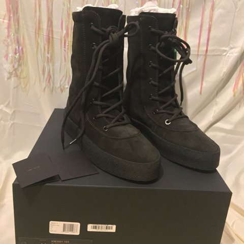 """455a48cd740  sneakerworld101. 26 days ago. United States. DEADSTOCK YEEZY SEASON 4  CREPE BOOTS """"OIL"""" ..."""