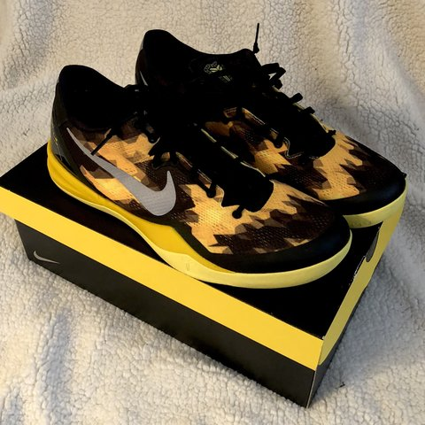 timeless design 9f629 b0a2e Men s Nike Kobe 8 System- 0