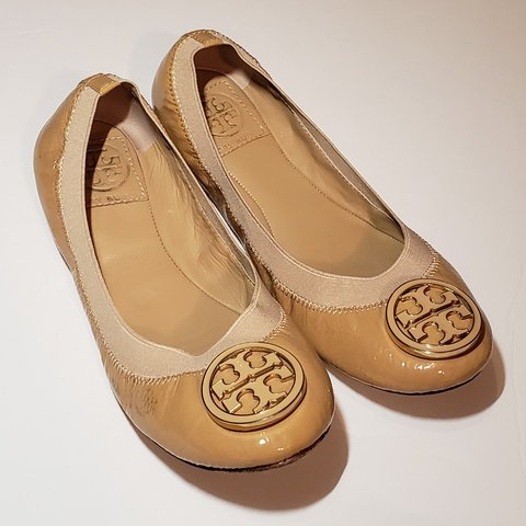 ff62039d1c09 Tory Burch well loved ballerina flats.these have some wear - Depop