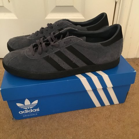 4dde6d35d1be Adidas Tobacco Navy and black Size 10.5 9 10 condition - Depop