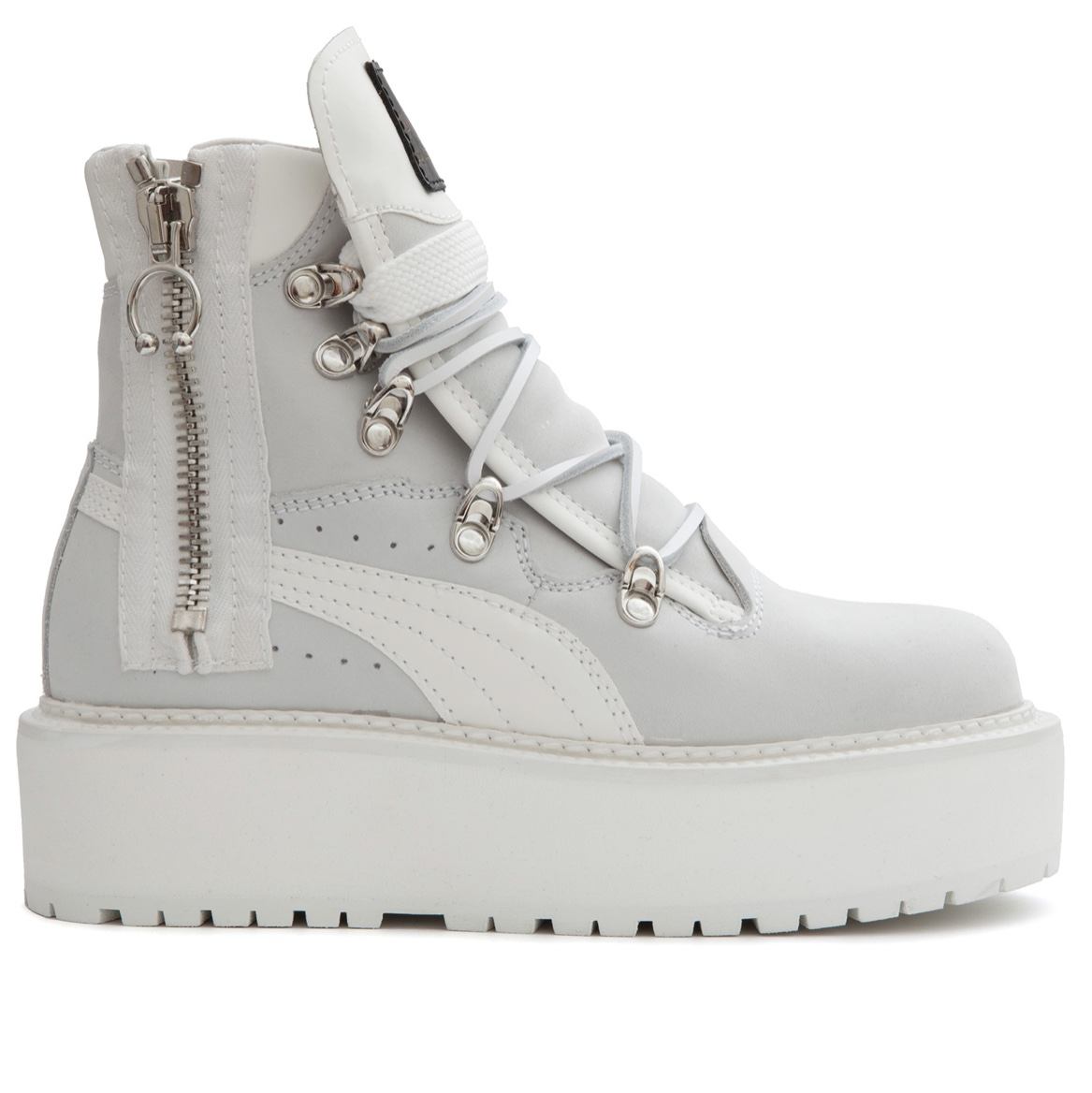 separation shoes 5a140 e0cb0 Awesome condition Fenty Puma boots by Rihanna. White ...