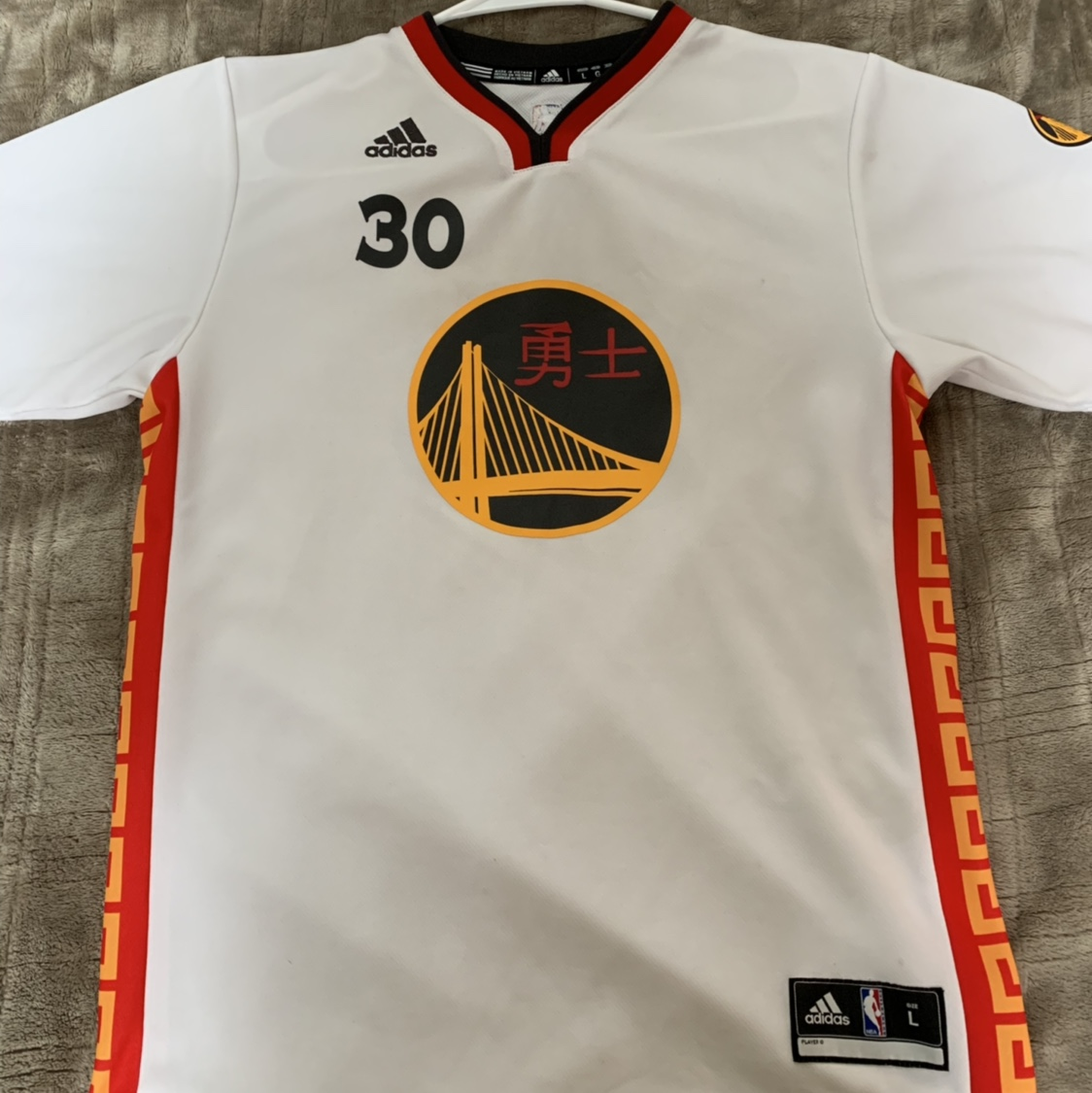purchase cheap 135e0 f8a5c Kids Steph Curry Chinese New Year Jersey (Size L) ... - Depop