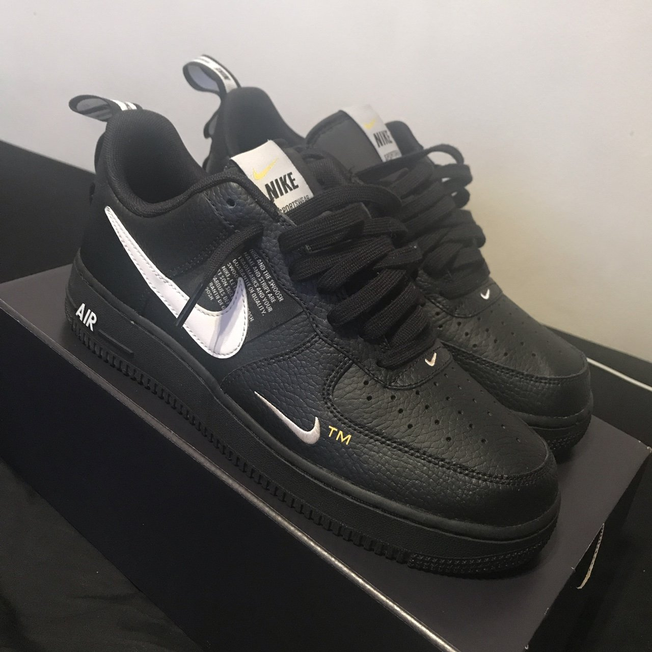 MENS Nike Air Force 1'07 LV 8 Utility Size 7 Depop