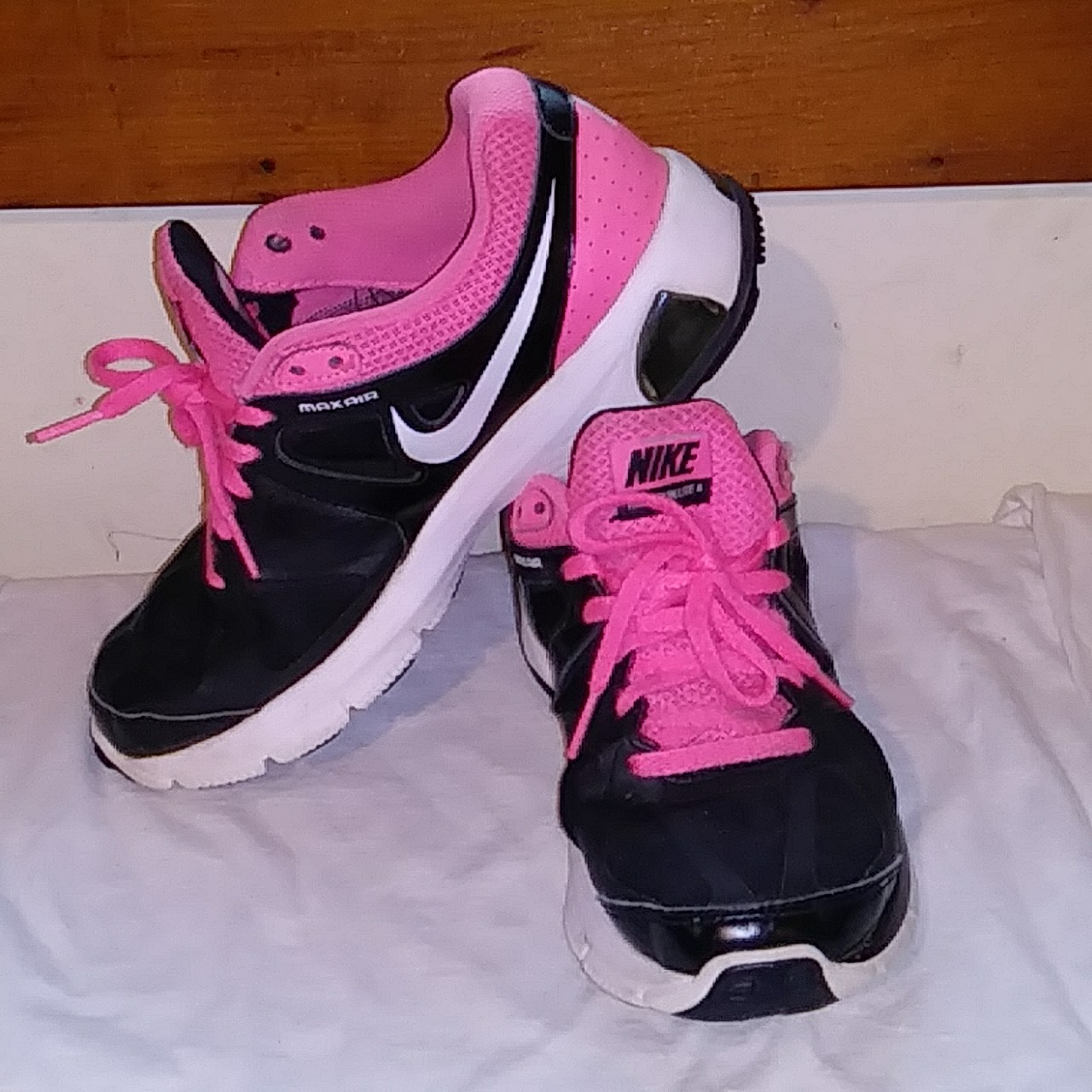 Women's 2012 Nike Air Max Run Lite 4 Running Shoes, Depop