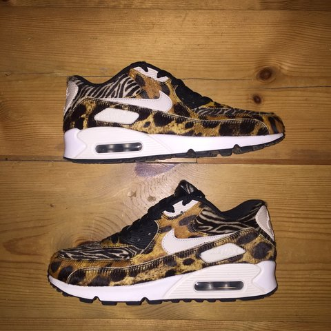 633c675a75 @waggii. 3 years ago. Bury, UK. NIKE ID AIR MAX 90 full pony skin animal  pack.