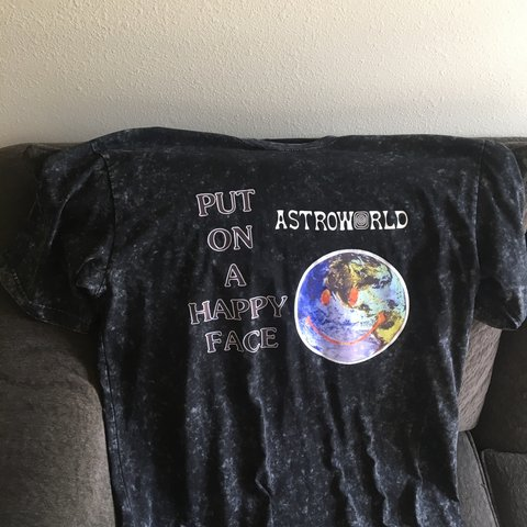 1e0f71c70ccd Travis Scott Astroworld T-Shirt Not authentic but high and - Depop