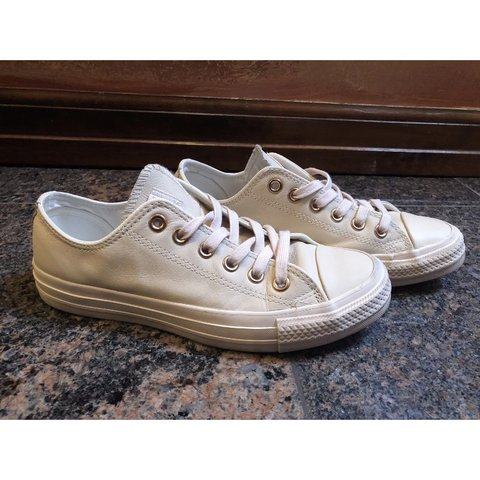 556ae5a9ef3f83 Converse all star low leather women s pastel rose  tan rose - Depop