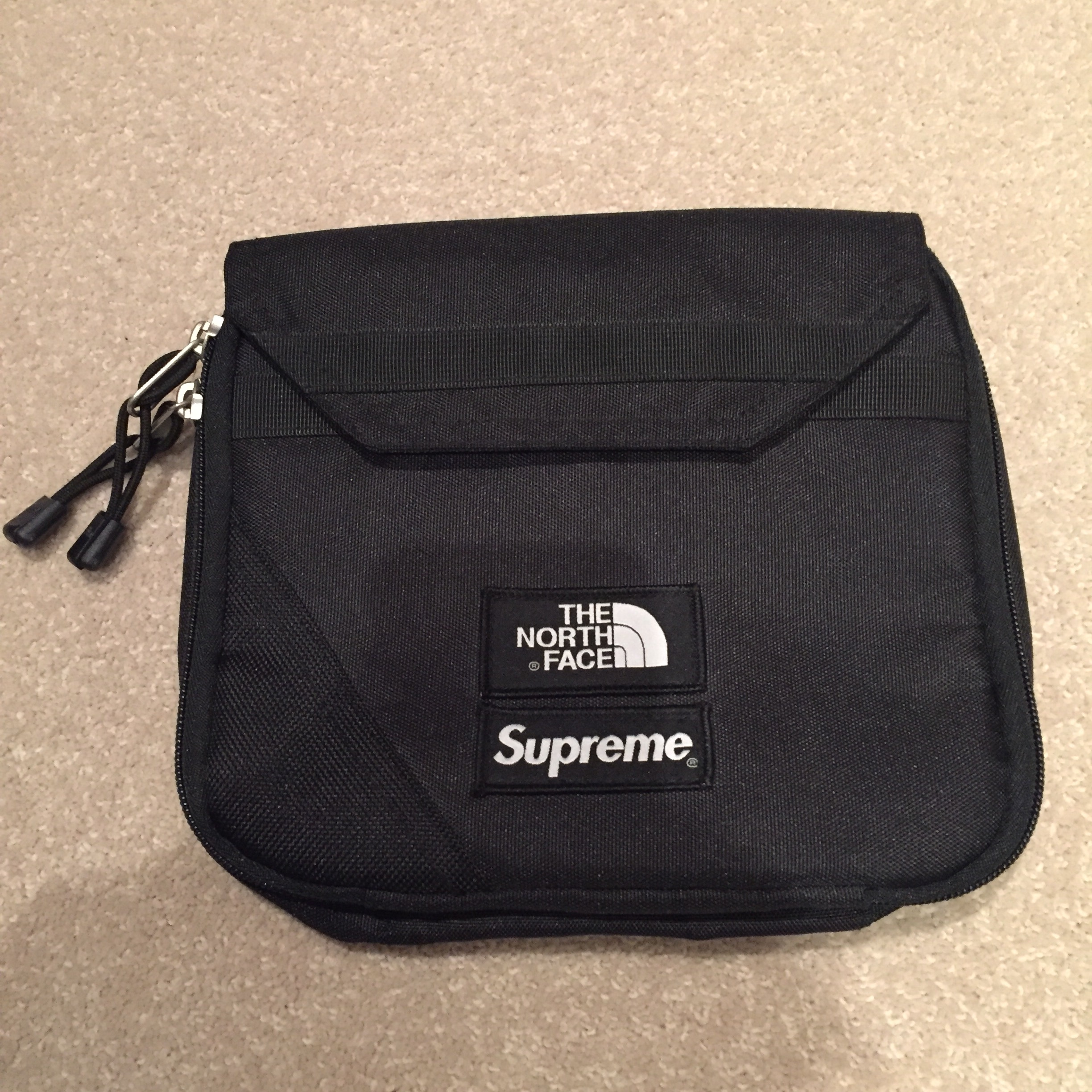 ead98f431 Supreme x The North Face pouch/bag Off the front of... - Depop